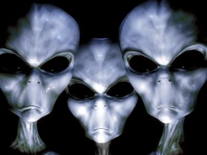 Grises e1332523771183 300x225 - Razas Extraterrestres Negativas