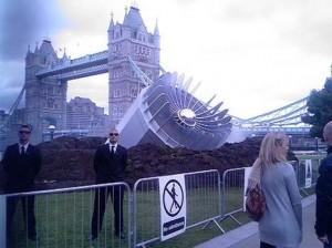 Contacto extraterrestre en los Juegos Olimpicos de Londres e1342105342417 300x224 - Tony Blair solicitó informes sobre materia OVNI