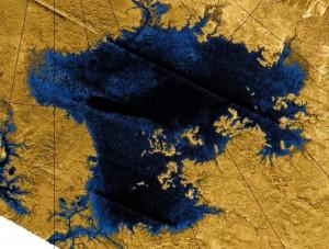 Gran lago en Titan e1343166660444 300x227 Titán, la luna de Saturno, extrañamente parecido a la Tierra