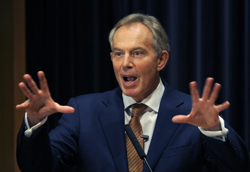 Tony Blair solicitó informes sobre materia OVNI
