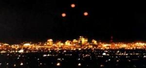Extranas luces en Phoenix e1350950623449 300x141 Número 33, el poder de una conspiración esotérica