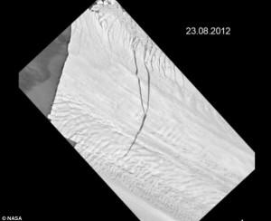 Grieta en la Antártida 23/08/2012