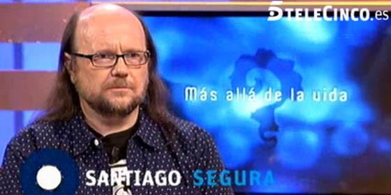 """Santiago Segura en el programa """"Más allá de la vida"""""""