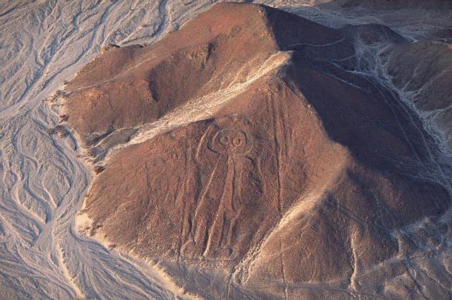 El Astronauta de nazca e1354775513968 - Las Lineas de Nazca, el eterno misterio