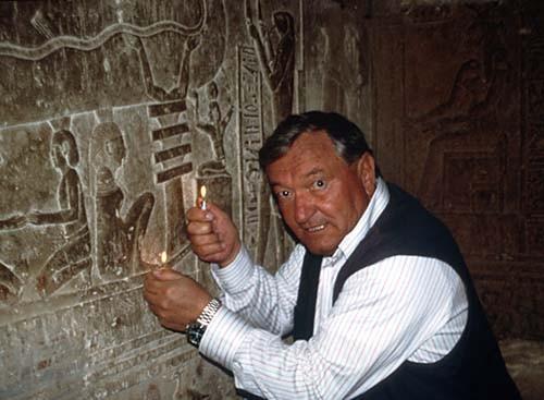 Erich von Daniken y los seres extraterrestres e1354775785126 - Las Lineas de Nazca, el eterno misterio