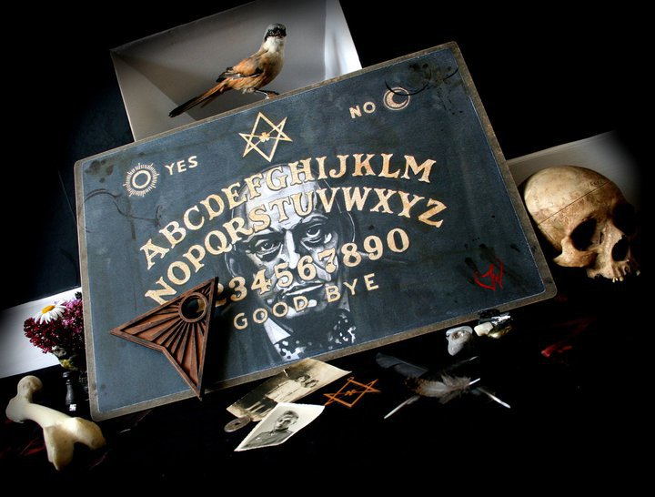 Aleister Crowley y la Ouija