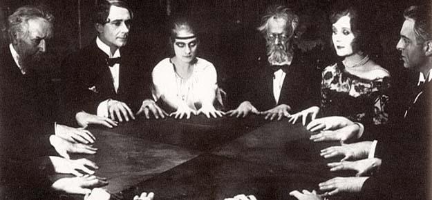 Ouija portal dimensional en tus manos - Ouija, un portal dimensional en tus manos