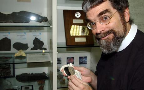 Guy Consolmagno - LUCIFER, el telescopio del Vaticano en busca de vida extraterrestre