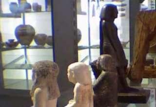 Antigua estatua egipcia gira misteriosamente en el Manchester Museum 320x220 - Antigua estatua egipcia gira misteriosamente en el Manchester Museum