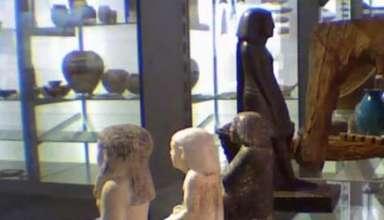 Antigua estatua egipcia gira misteriosamente en el Manchester Museum 384x220 - Antigua estatua egipcia gira misteriosamente en el Manchester Museum