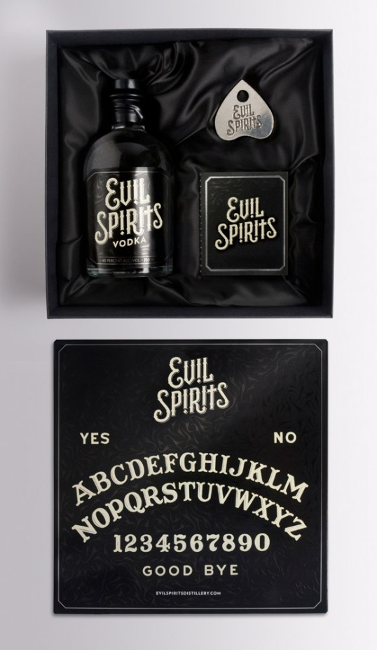 Evil Spirits Vodka 1 - Evil Spirits Vodka, una combinación perfecta de alcohol y Ouija para atraer el mal