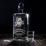 Evil Spirits Vodka, una combinación perfecta de alcohol y Ouija para atraer el mal