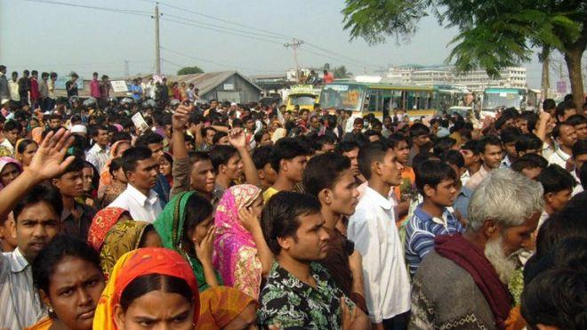 Graves disturbios en Banglades - Aparición fantasmal en una fábrica textil de Bangladés causa graves disturbios