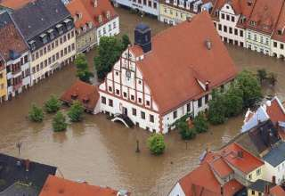 Graves inundaciones en Europa 320x220 - Graves inundaciones en Europa, el cambio de polos ya está ocurriendo