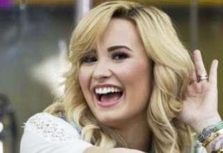 La cantante Demi Lovato es perseguida por el fantasma de una nina 320x220 - La cantante Demi Lovato es perseguida por el fantasma de una niña