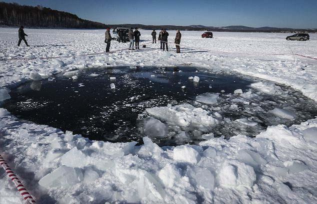 Lago Chebarkul El meteorito de Chelyabinsk podría formar parte de otros asteroides que amenazan la Tierra