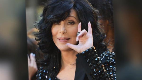 Cher - Cher revela que es perseguida por el fantasma de su ex marido Sonny Bono