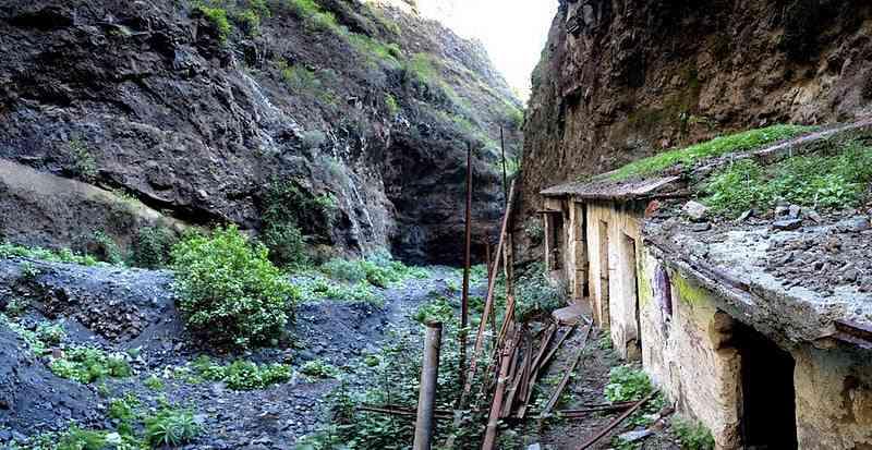 El Barranco de Badajoz - Tenerife: Apariciones fantasmales y la misteriosa isla de San Borondón