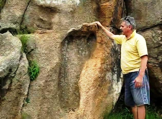 """La Huella de Dios - La """"Huella de Dios"""", evidencia de la existencia de gigantes en la Tierra"""