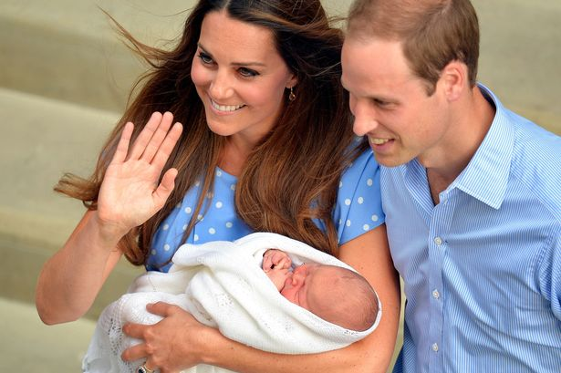 Principe George fantasmas El Príncipe George comparte habitación en el Palacio de Kensington con fantasmas de la realeza
