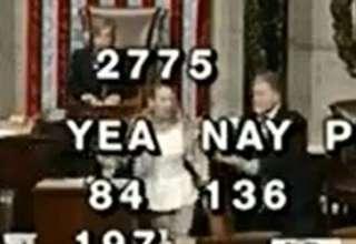 """Taquigrafa poseida 320x220 - Una taquígrafa es """"poseída"""" en plena votación del Congreso de los Estados Unidos"""