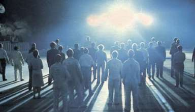 Contacto extraterrestre 384x220 - Los expertos instan a la elaboración de directrices para el contacto extraterrestre