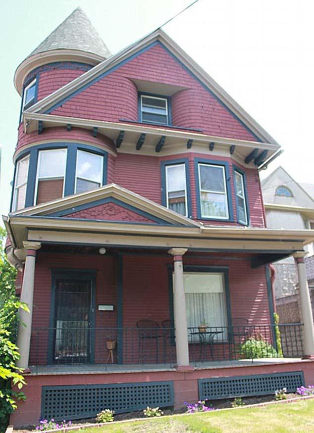 Casa con fenomenos paranormales - Agencia inmobiliaria estadounidense vende una casa con fenómenos paranormales