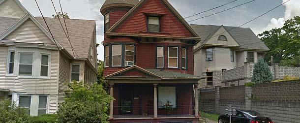 Agencia inmobiliaria estadounidense vende una casa con fenómenos paranormales