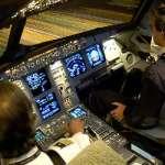 El piloto de un Airbus se aterroriza al ver la inminente colisión contra un OVNI