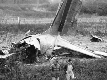"""Douglas DC3 - ¿Existe un """"Destino Final"""" en nuestra realidad?"""