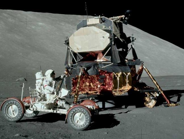 La Luna - El rover lunar chino revela que Estados Unidos no pisó la Luna