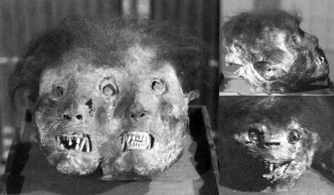 Demonio tres caras - Momias de demonios en los templos budistas de Japón