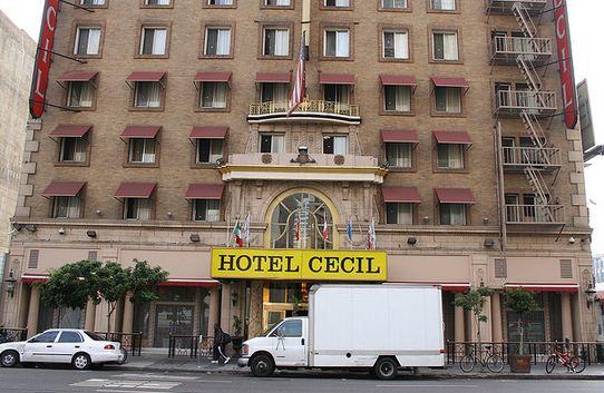 Hotel Cecil Fotografía muestra una aparición fantasmal en una de las ventanas del Hotel Cecil de Los Ángeles