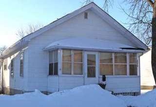 Familia atacada demonios 320x220 - La famosa casa de la familia que fue atacada por demonios es vendida por $ 35.000