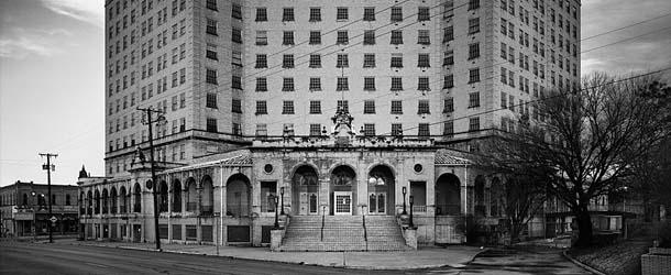 aterrador hotel baker - El aterrador Hotel Baker, una puerta al más allá