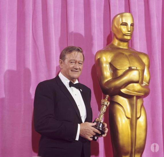 John Wayne - Apariciones fantasmales de actores ganadores de Oscars