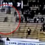 """Aparece un """"fantasma"""" en el transcurso de un partido de fútbol en Bolivia"""