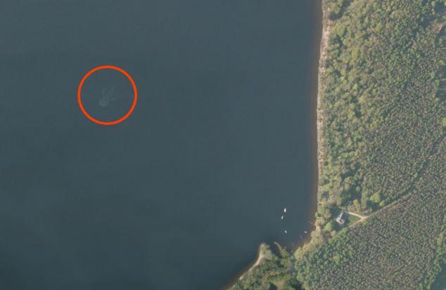 Satélite monstruo Lago Ness