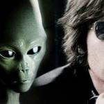 Escritor asegura que el asesino de John Lennon actuó bajo el control de extraterrestres