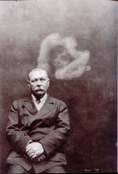 sir arthur conan doyle hablar muertos - Una carta inédita de Sir Arthur Conan Doyle confirma que podía hablar con los muertos