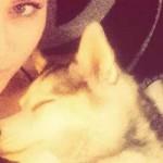 Miley Cyrus contrata a una psíquica para contactar con su perro fallecido