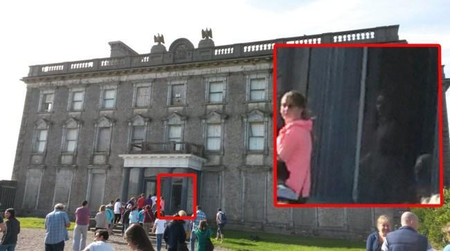 fantasma nina mansion - Fotografían el fantasma de una niña en la mansión irlandesa de Loftus Hall
