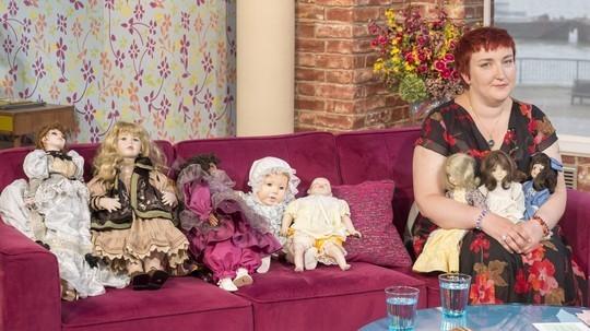 katrin reedik coleccion munecas embrujadas - Katrin Reedik y su colección de muñecas embrujadas
