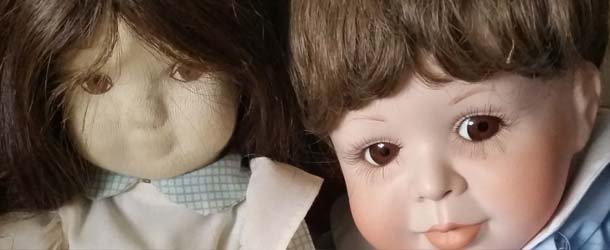 katrin reedik munecas embrujadas - Katrin Reedik y su colección de muñecas embrujadas