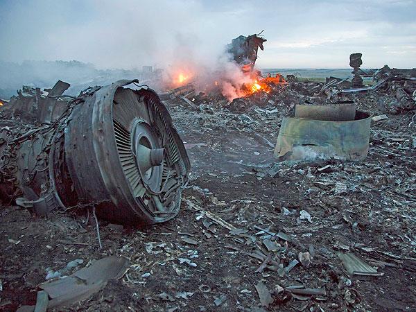 """Excongresista de EE.UU.: """"La Casa Blanca oculta la verdad sobre el vuelo MH17″"""