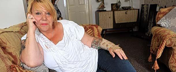 mujer acosada entidades sobrenaturales - Mujer afirma haber sido acosada por pervertidas entidades sobrenaturales