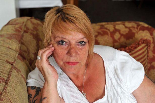 mujer entidades sobrenaturales - Mujer afirma haber sido acosada por pervertidas entidades sobrenaturales