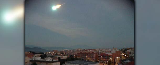 "bola fuego espana - Extraña ""bola de fuego"" ilumina los cielos de España"