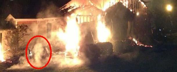 figura fantasmal carolina del norte - Aparece una figura fantasmal durante un incendio en Carolina del Norte