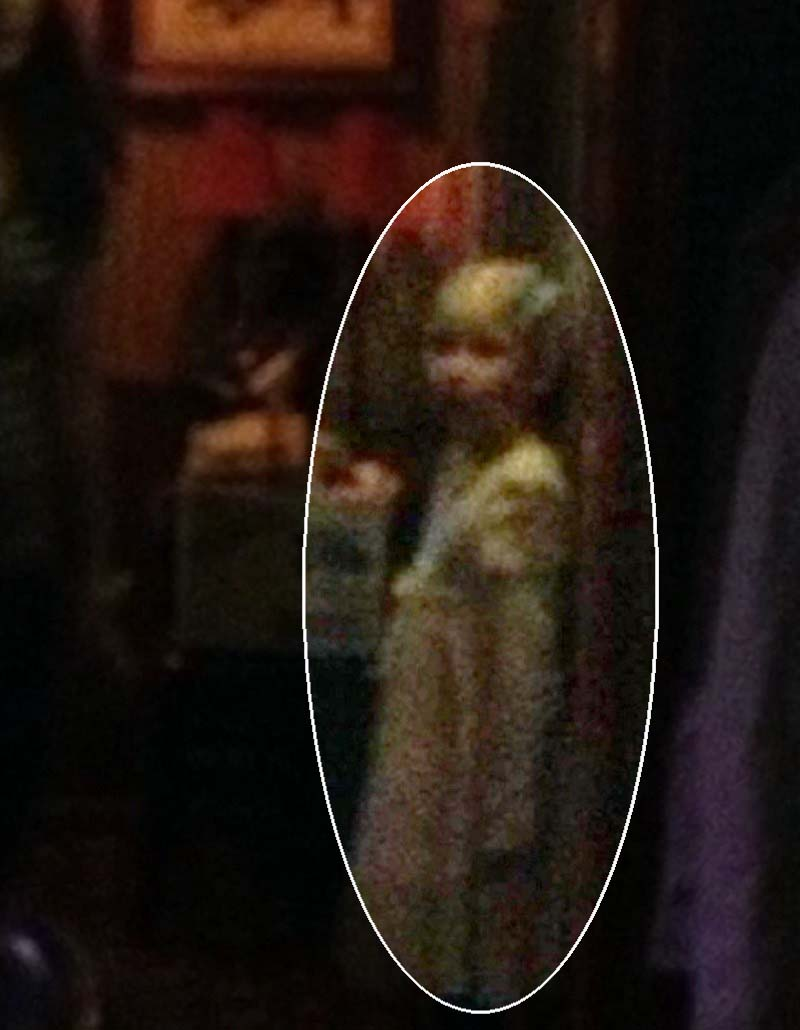 fantasma nina al capone - Fotografían el fantasma de una niña en uno de los restaurantes predilectos de Al Capone